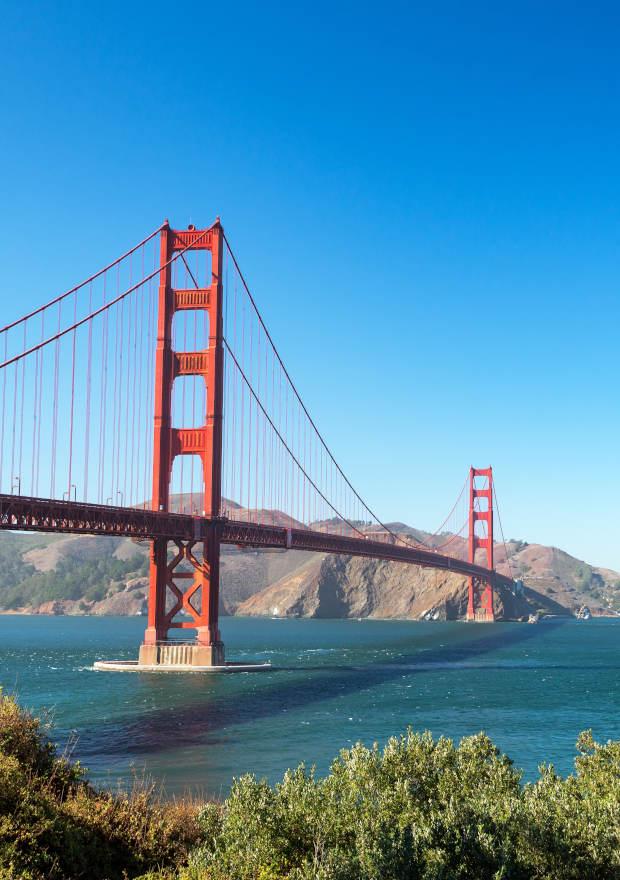 Golden Gate Bridge in San Francisco - Dr. Braun de Praun